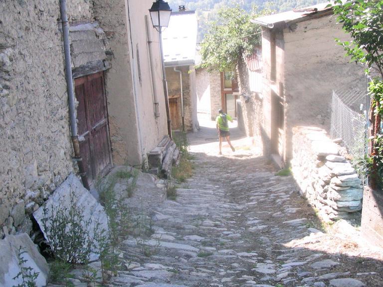La Fille de Brest : un thriller mdical haletant port